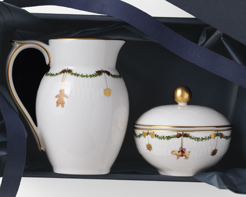 Royal Copenhagen Star Fluted Christmas Sugar Bowl With Lid